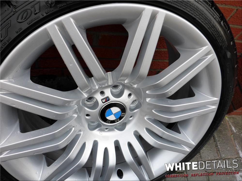 Bmw 530d Touring Portfolio White Details
